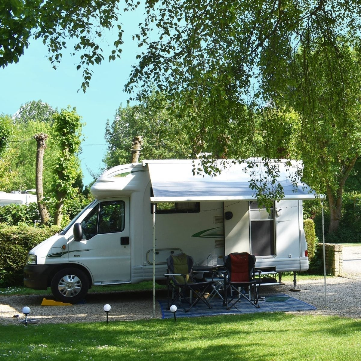 Lincoln Farm Park, Oxfordshire - Caravan & Motorhome Pitches
