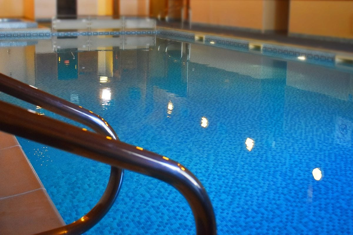 Lincoln Farm Park, Oxfordshire - Main Swimming Pool